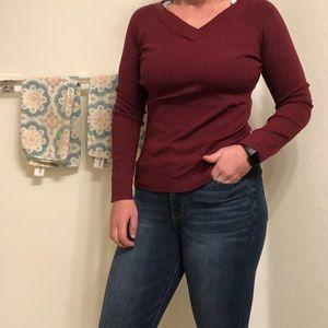Medium maroon loft sweater never worn